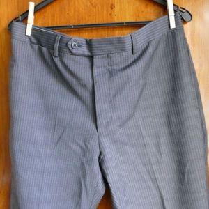 Tommy Hilfiger Men's Flat-Front Gray Pant 34